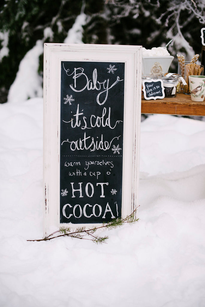 hot coco wedding stand
