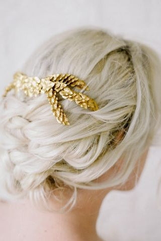 Aurora Haircomb
