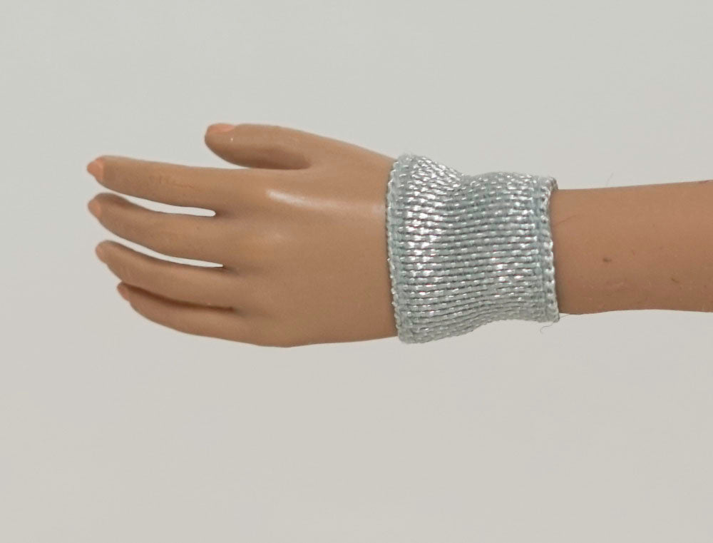 Doll Wrist Cuffs for 1/6 Scale Female Action Figures - Silver - Doll Clothes - fits Phicen - Hot Toys - Cy Girls - Kumik