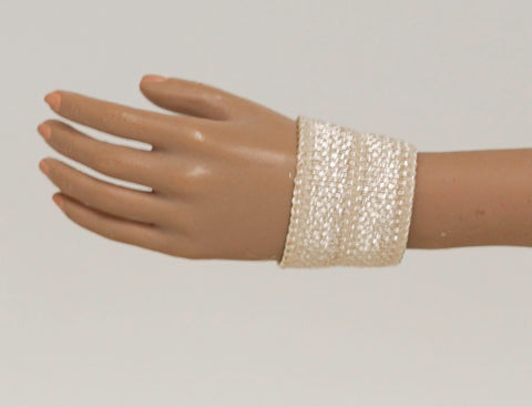Doll Wrist Cuffs for 1/6 Scale Female Action Figures - Tan - Doll Clothes - fits Phicen - Hot Toys - Cy Girls - Kumik