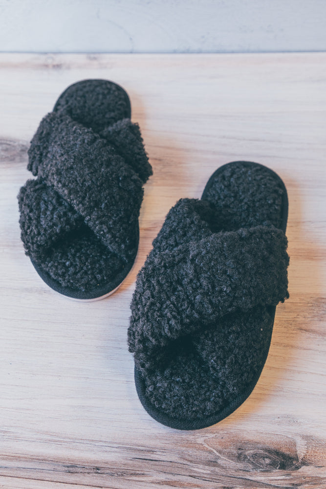 Black Sherpa Slipper