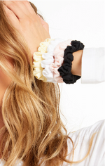 Organic Scrunchies Pack -White