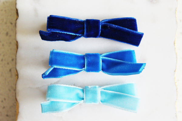 Blue Velvet Bow Set