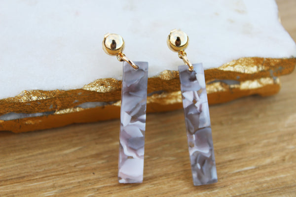 Cleo Line Acrylic Earrings