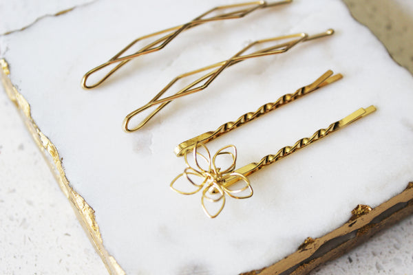 Gold Shapes Bobby Pin Set