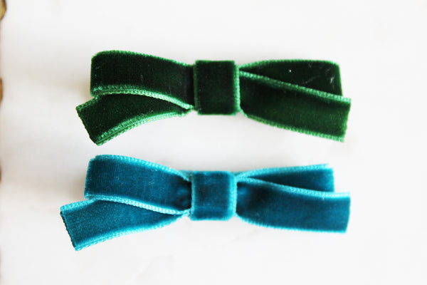 Green Velvet Bow Set