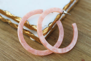 Perla Pink Acrylic Hoop Earrings