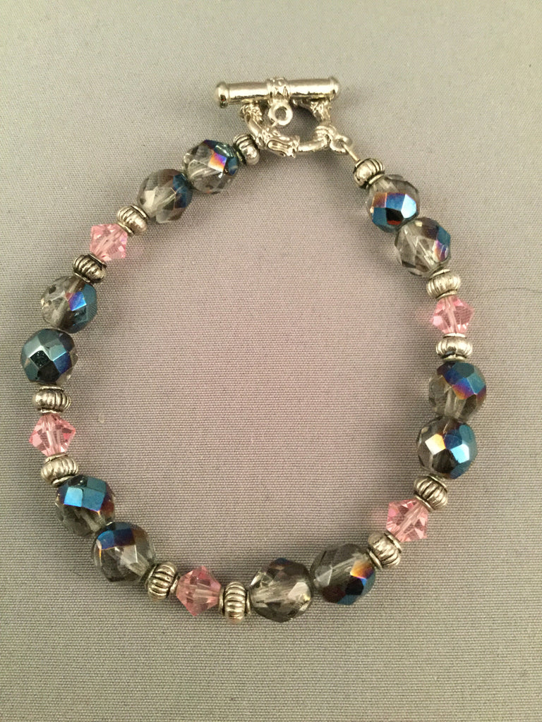 Faceted bluish beads and pink bi-cone beaded necklace