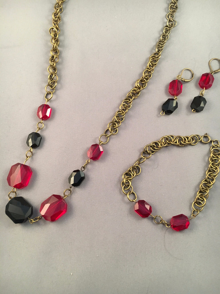 Dark Red and Black Beaded Chained Necklace Set