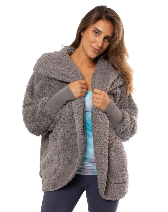 Nordic Beach Cozy Hooded Wrap in Grey Kitten