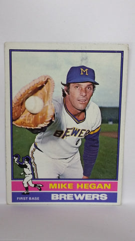 1976 Topps # 377 Mike Hegan, 1st Base, Milwaukee Brewers, CardboardandCoins.com
