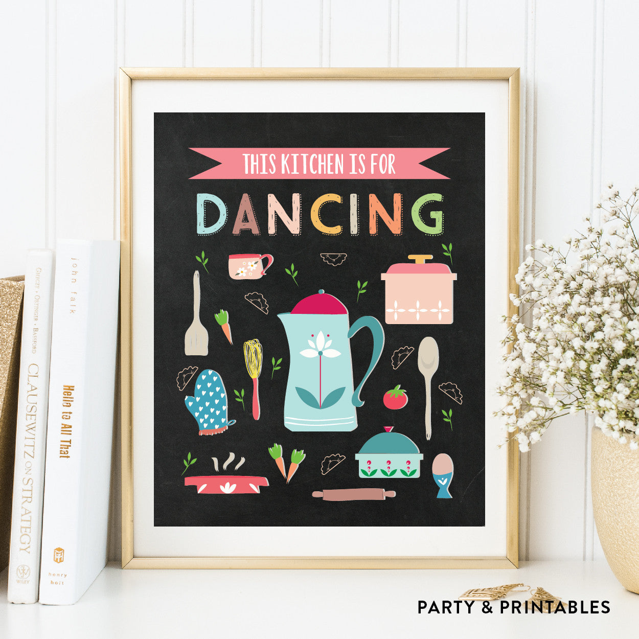 This Kitchen Is For Dancing Wall Art / Instant Download (WA.16), photo booth props - Party and Printables