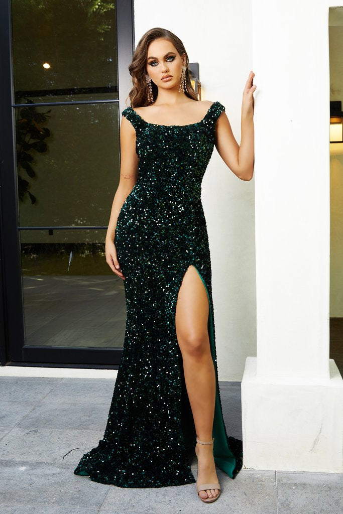 Portia & Scarlett Ps21028 emerald green sequin evening dress with sweetheart neckline bodycon gown at shaide boutique uk