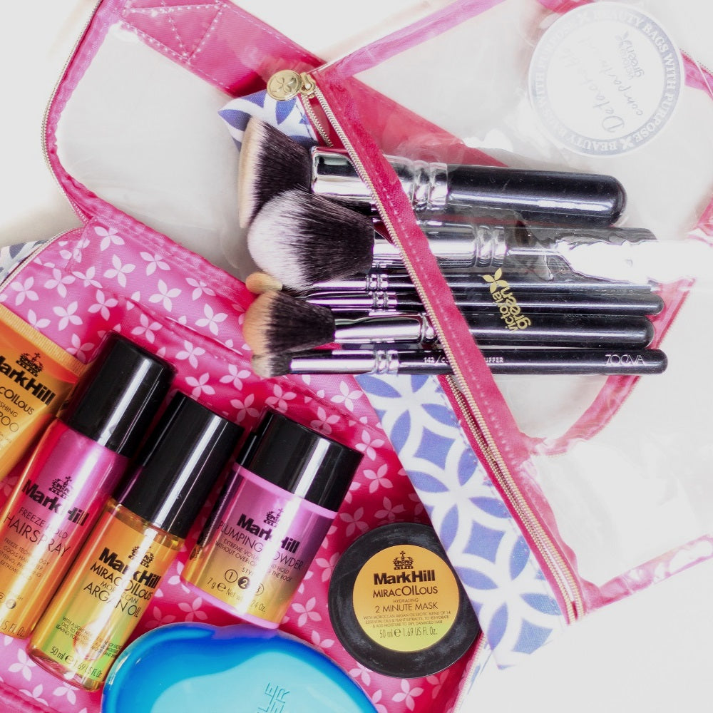 best travel makeup bag according to beauty bloggers