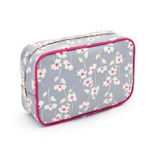 Cosmetic bag with zip in floral pattern