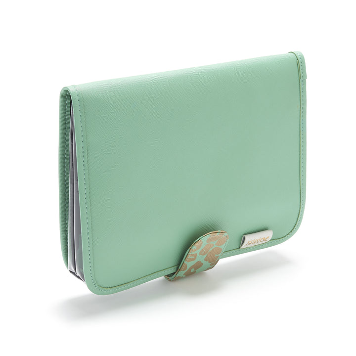 Kate Hanging wash bag with clear travel pouch in green