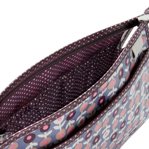 interior lining of wash bag in lorton smoke print