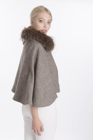 TWEED CAPE WITH COLLAR