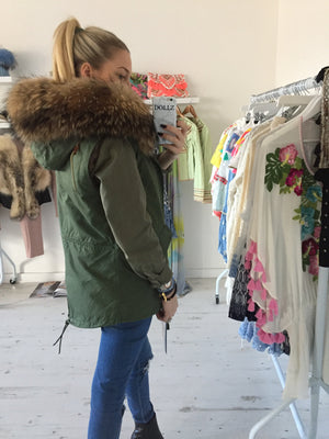 Parka Style Fur Gilet in Natural