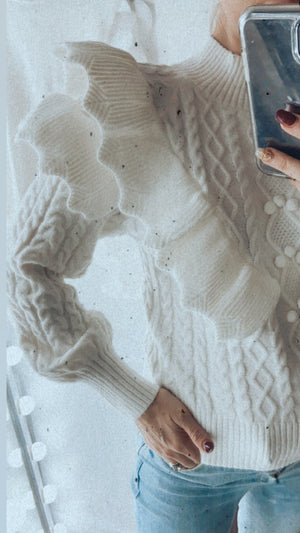 OFF WHITE FRILL POM JUMPER