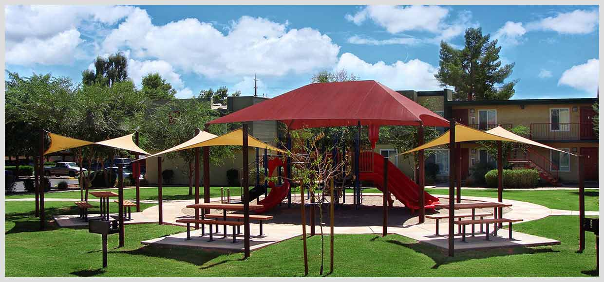 Playground shade sails and hip structure