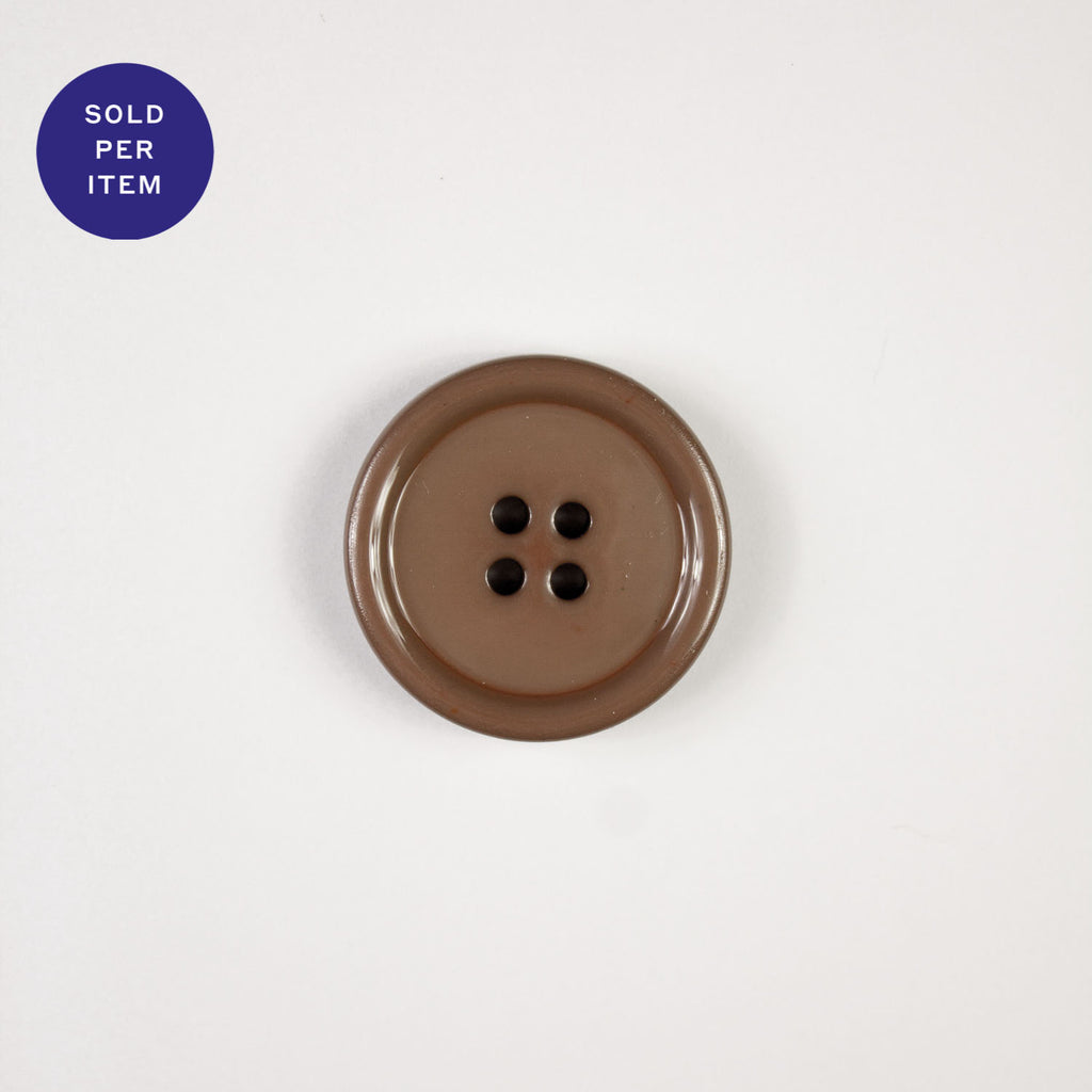 L.Rust 4-Hole Plastic Button Glossy