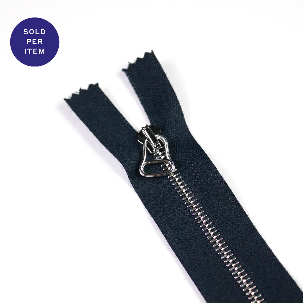 Navy Metal Closed End Zipper With Silver Pull and Teeth - 30cm