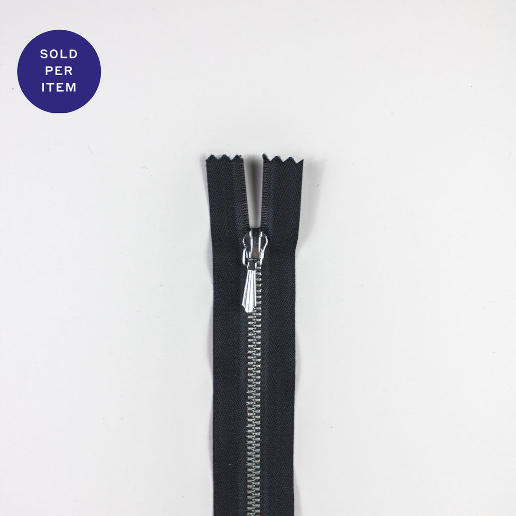 Navy Metal Closed End Zipper With Silver Pull and Teeth - 38cm