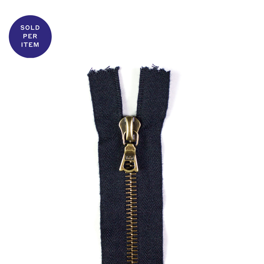 Navy Metal Closed End Zipper With Anti Brass Pull and Teeth