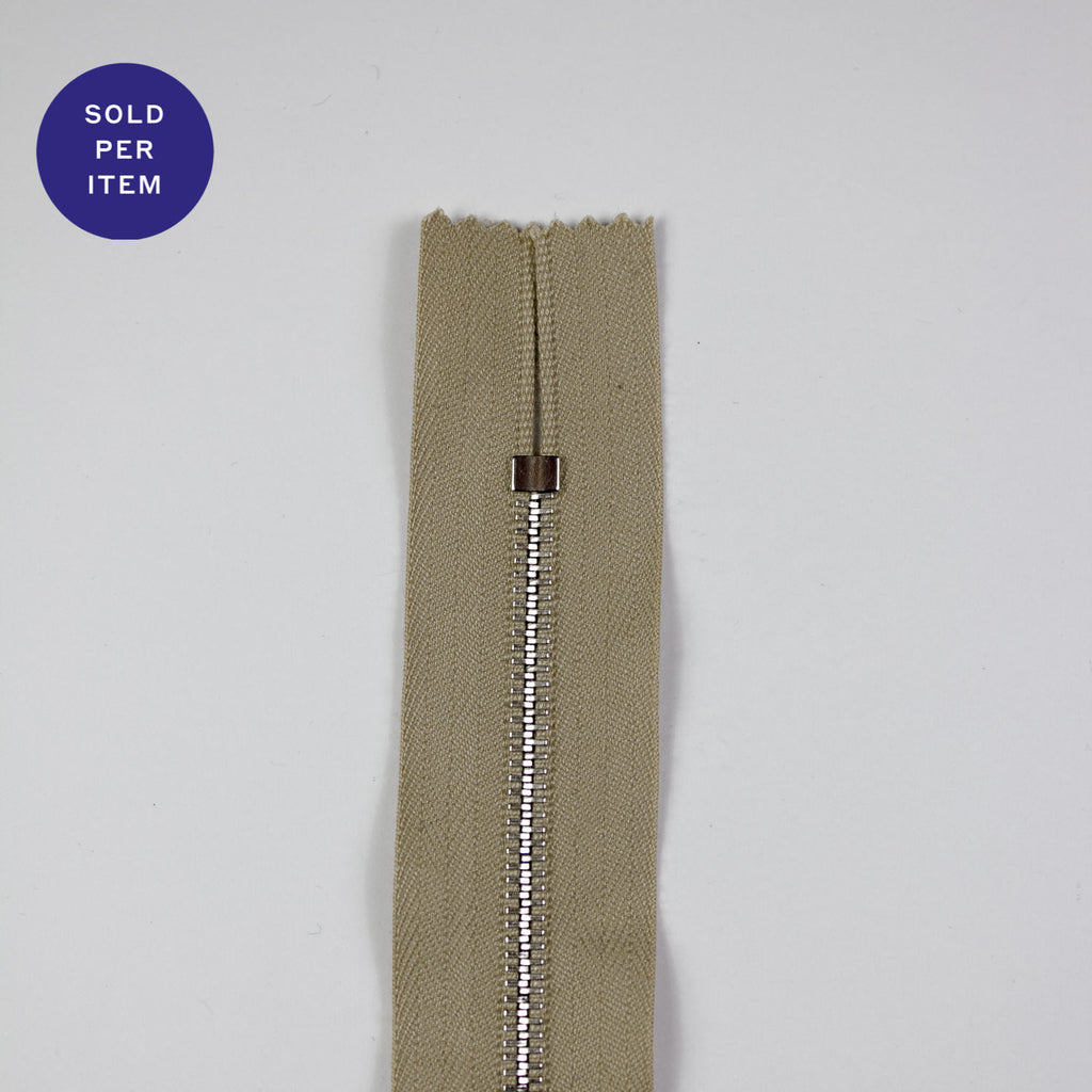 Sand Metal Closed End Zipper With Silver Pull and Teeth - 30cm