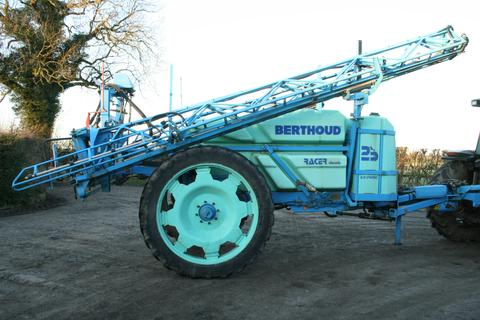 Trailed Berthoud Racer 24m Sprayer with 2500Litre Tank