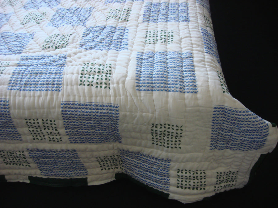 QBP 115 - Handmade quilt, reversible, cotton, block printed beautifully in alternate pattern. - Pentagon Crafts