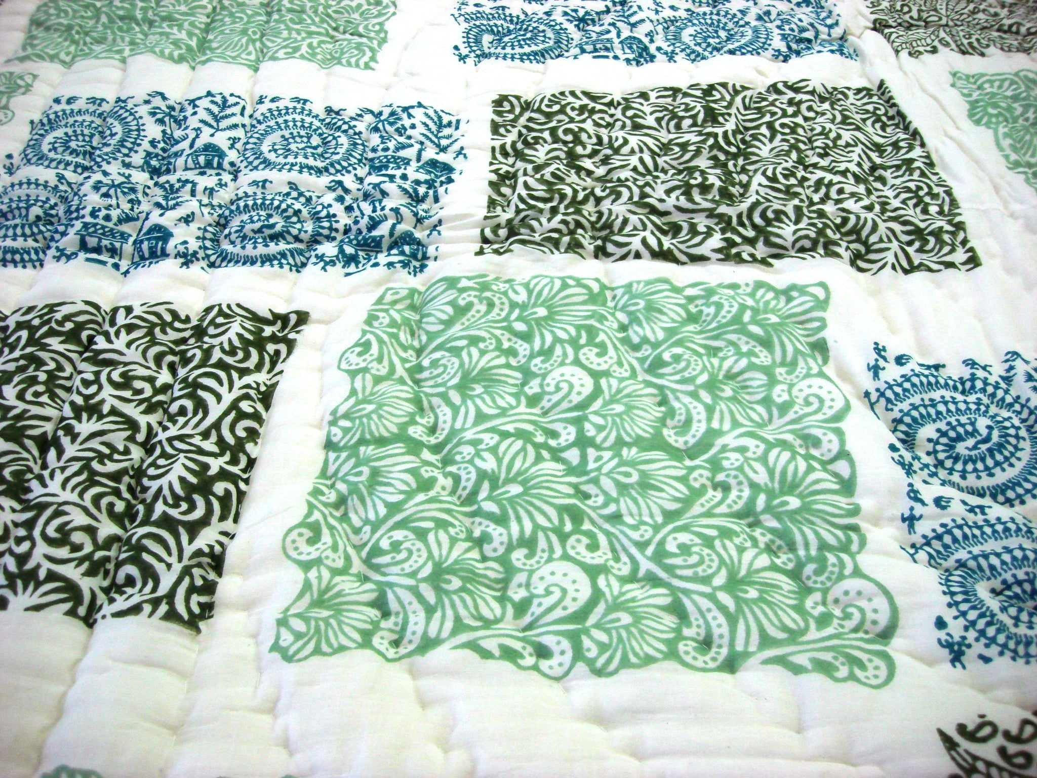 100% Handmade Cotton Queen Quilt - Patchwork Prints - Pentagon Crafts