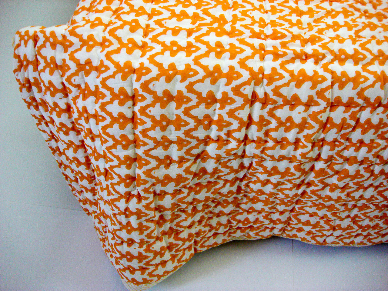 QBP-150 100% Handmade Cotton Quilt - Yellow and Orange prints , Quilts - Pentagon Crafts, Pentagon Crafts  - 2