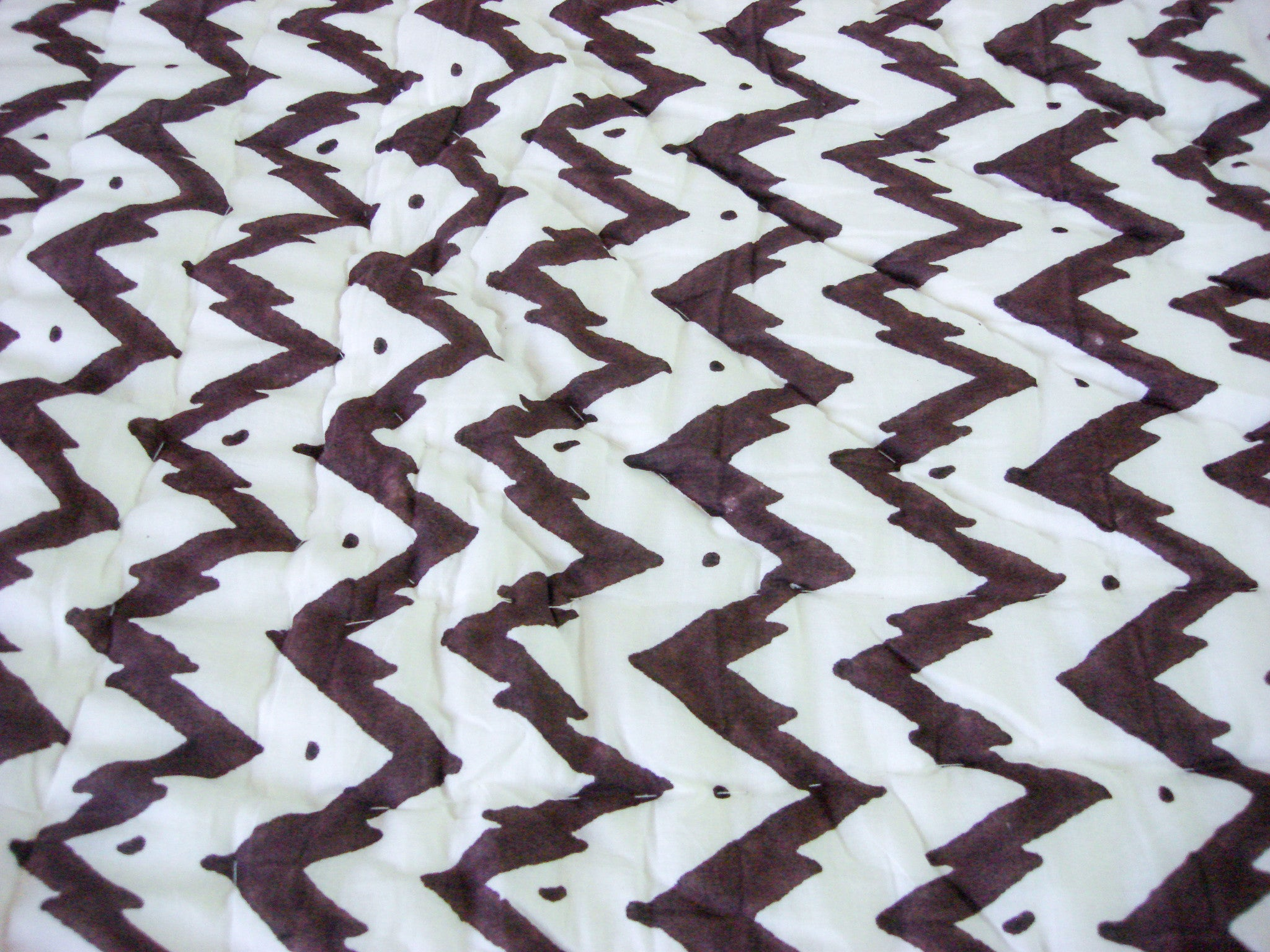 QBP 174 -100% Handmade Cotton Queen Quilt - Contrasting Brown Blocks - Pentagon Crafts