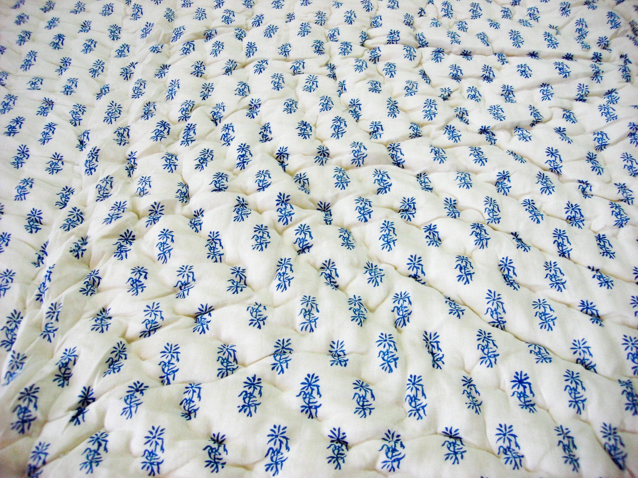 100% Handmade Cotton Quilt -  Blue Leaves , Quilts - Pentagon Crafts, Pentagon Crafts  - 4