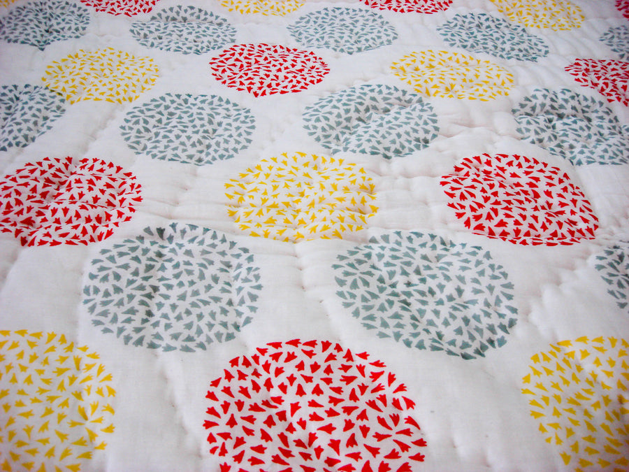 All New Roysha Handmade Cotton Queen Quilt in Circular Pattern Red Yellow Gray