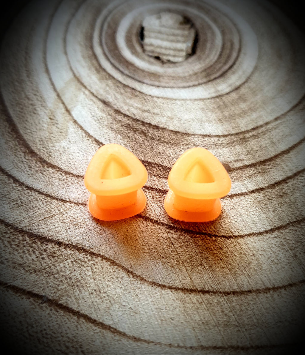 Triangular Silicone Tunnels ~ Pair