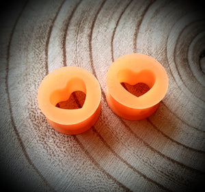 Silicone Heart Tunnels ↠ Orange