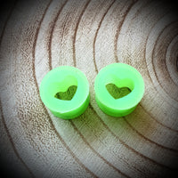 Silicone Heart Tunnels ↠ Green