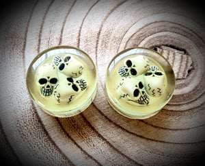 Glowing Skull Plugs ~ Pair