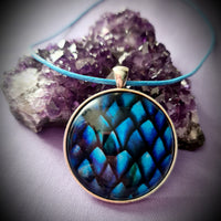 Dragon Scale Cabochon Necklace
