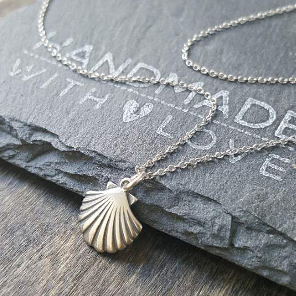 Clam Necklace-C104 - Kevin N Anna