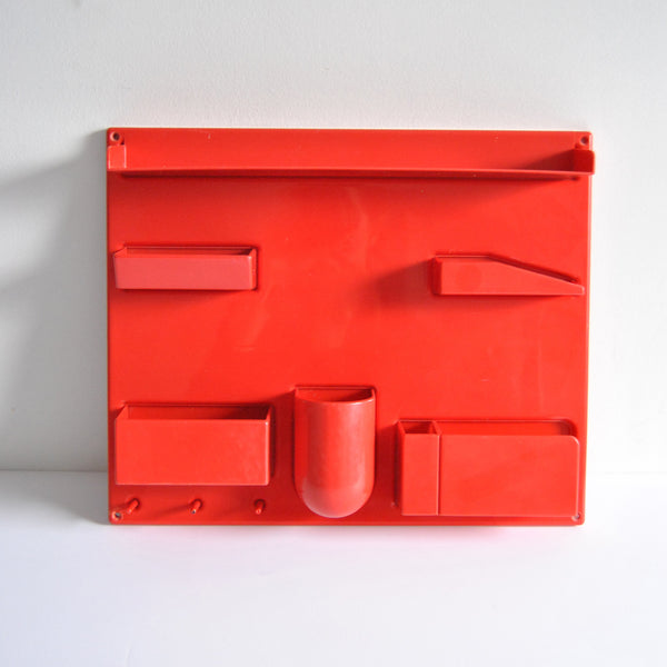 Wall-All III Red Plastic Unit Dorothee Maurer-Becker Uten.Silo