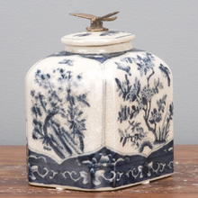 Load image into Gallery viewer, Dragonfly Lidded Box