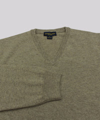 100% Cashmere Sweater W/ Loro Piana Yarn - Taupe V-Neck close up