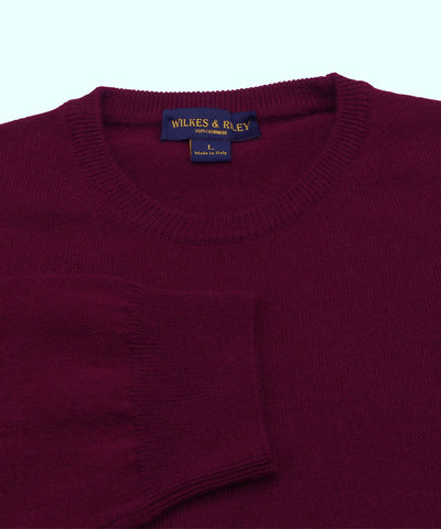 100% Cashmere Crewneck Sweater W/ Loro Piana Yarn - Burgundy close up