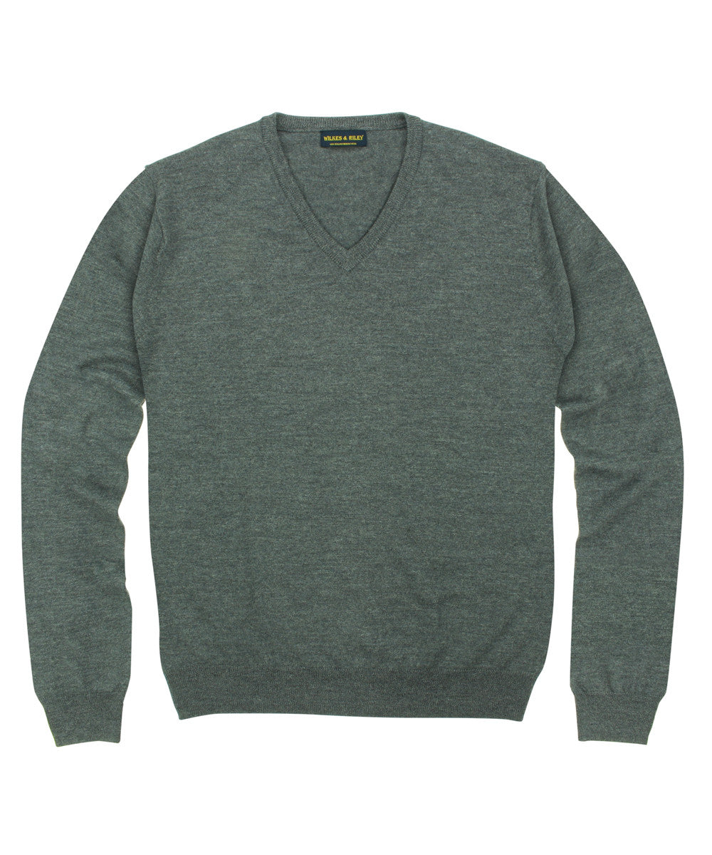 Wilkes & Riley 100% Pure Merino Wool Zegna Baruffa V-Neck Sweater in Grey