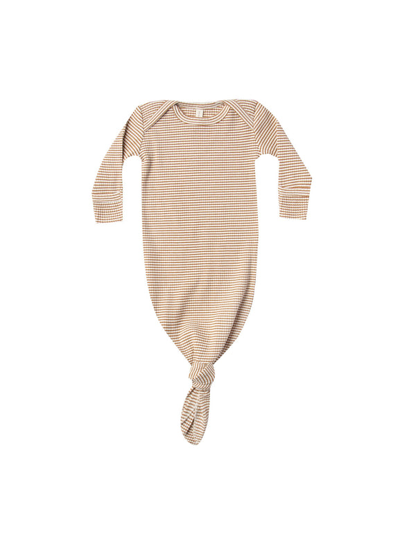 Quincy Mae Ribbed Knotted Baby Gown In Walnut Stripe - Flying Ryno