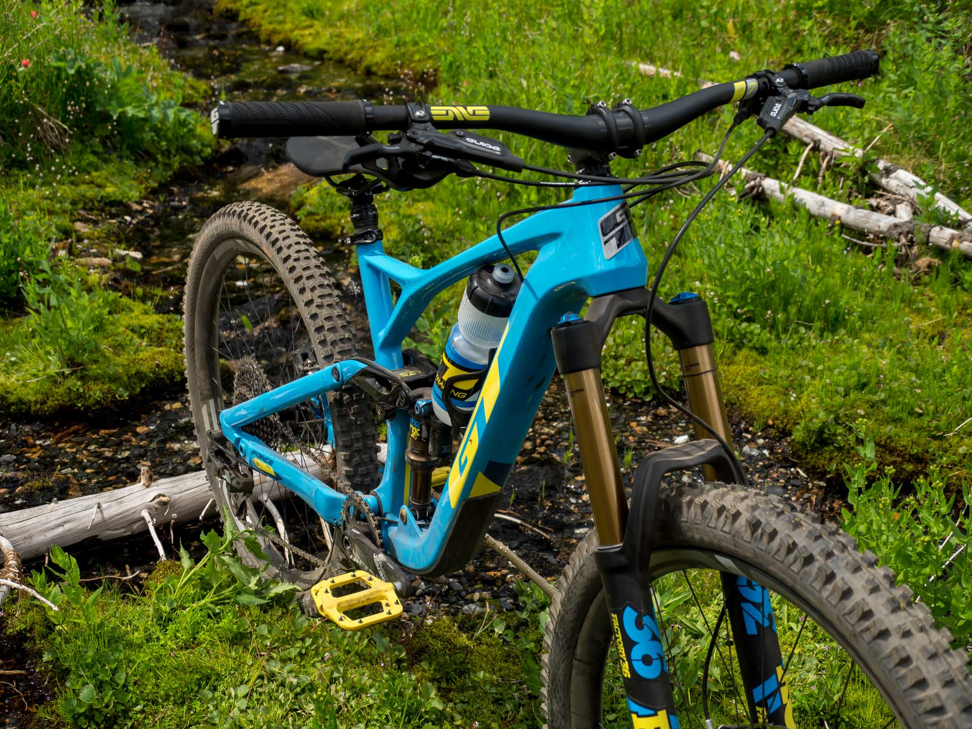 GT Force enduro bike
